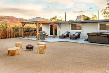 Harmony Acres vacation rental, 29 Palms, California, next to Joshua Tree National Park