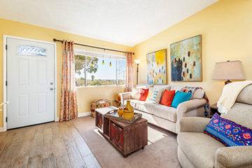 Quail Run Cottage rental interior, 29 Palms, California